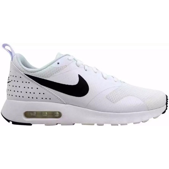 4515655759b2e Women s Nike Air Max Tava